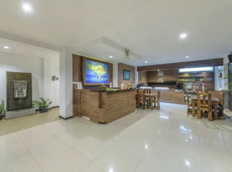 Lowcost Bed  Breakfast Lobby 2